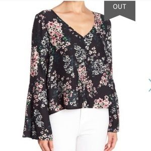 NWT Cupcakes and Cashmere Top